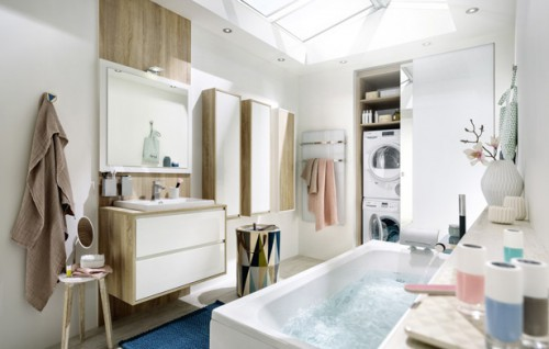 baderomsmøbler og badekar