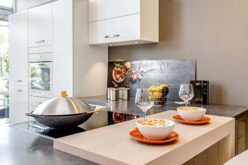 hvitt kjøkken
