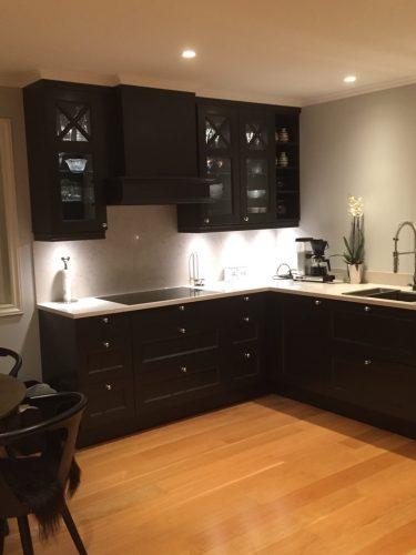 sort kjøkken